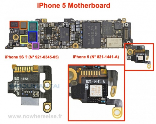 iPhone5sとiPhone5マザーボード比較