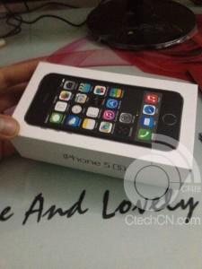 iphone5s パッケージ 02